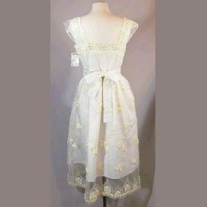 Heart of Haute Dresses - Bettie Page Heart of Haute Ivory Wedding Dress